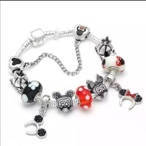Jewelry - 20cm New Mickey and Minnie Charm Bracelet
